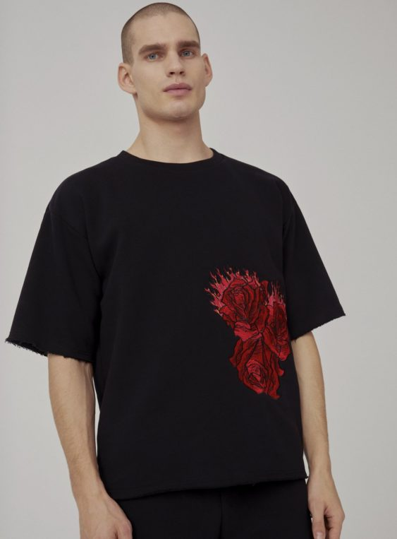 men's embroidered tshirt
